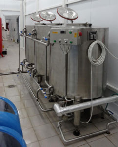 , Cleaning & sanitizing system